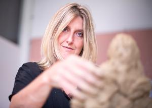 Marieke Ploeg Sculptor Clay Lucy Lambriex